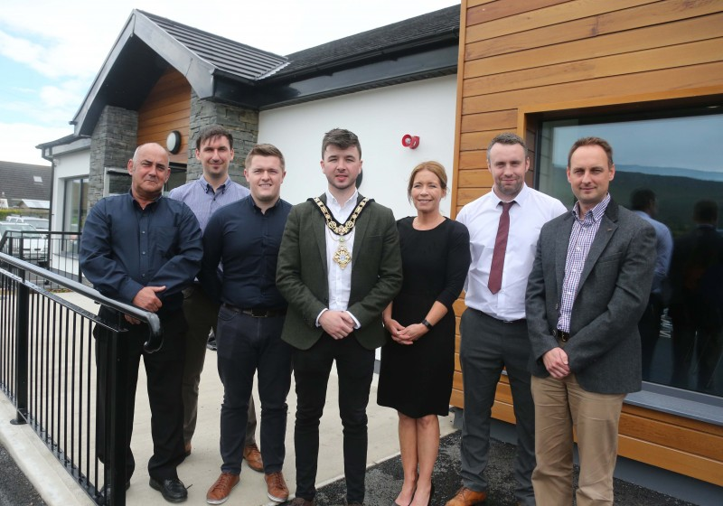 Members of OB Construction pictured with Julie Welsh, Head of Community and Culture, Causeway Coast and Glens Borough Council, Wayne Hall, Capital Project Officer, Causeway Coast and Glens Borough Council and Paul Caldwell, Capital Projects Manager, Causeway Coast and Glens Borough Council.