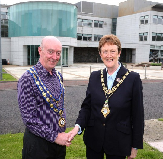 New Mayor and Deputy Mayor take up their positions