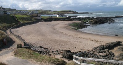 Salmon Rock Beach, Portballintrae