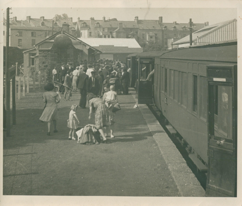 Narrow Gauge Train arriving at Ballycastle Railway station for the Lammas Fair. Courtesy KA Benington