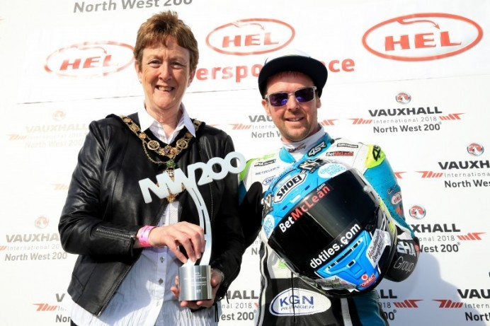 Mayor enjoys Thursday evening racing at the NW 200