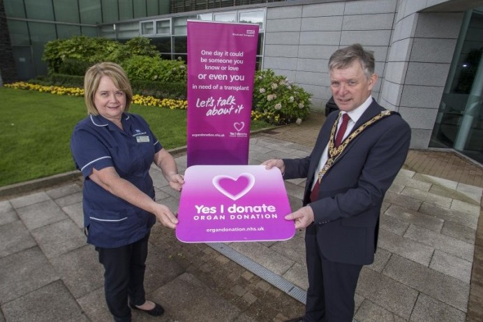 Mayor urges people to make a difference during Organ Donation Week