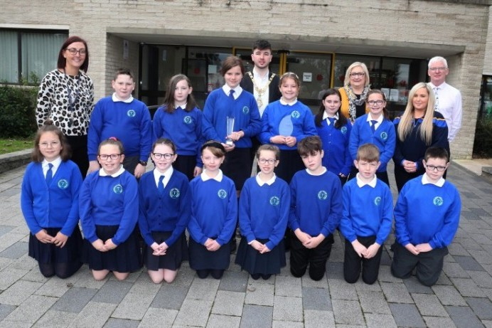 Mayor applauds staff and pupils from Termoncanice Primary School