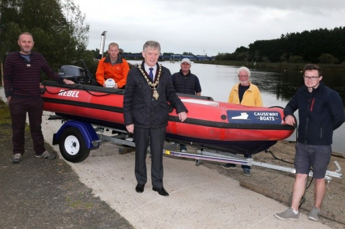 Mayor pays tribute to coastal clean-up crew