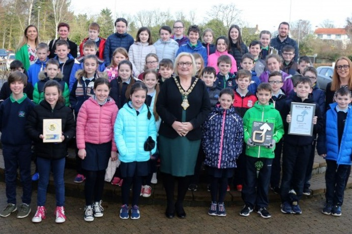 Mayor congratulates local children on cycle to school success