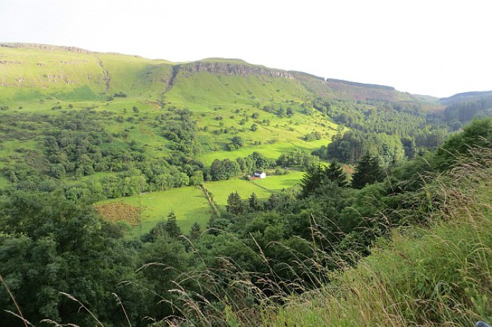 A glimpse of the Glens